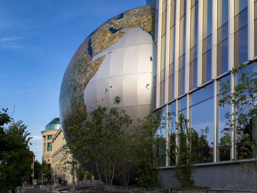The SECU Daily Planet outside the NRC with the NEC in the background. Photo: Karen Swain/NCMNS.