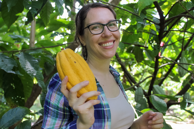 Jillian de Gezelle with Cacao fruit